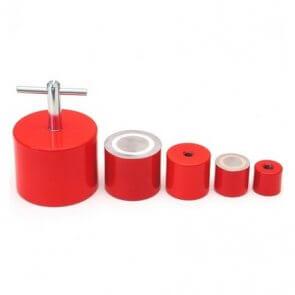 AlNiCo stangmagnet i rød stålkappe / indvendigt gevind